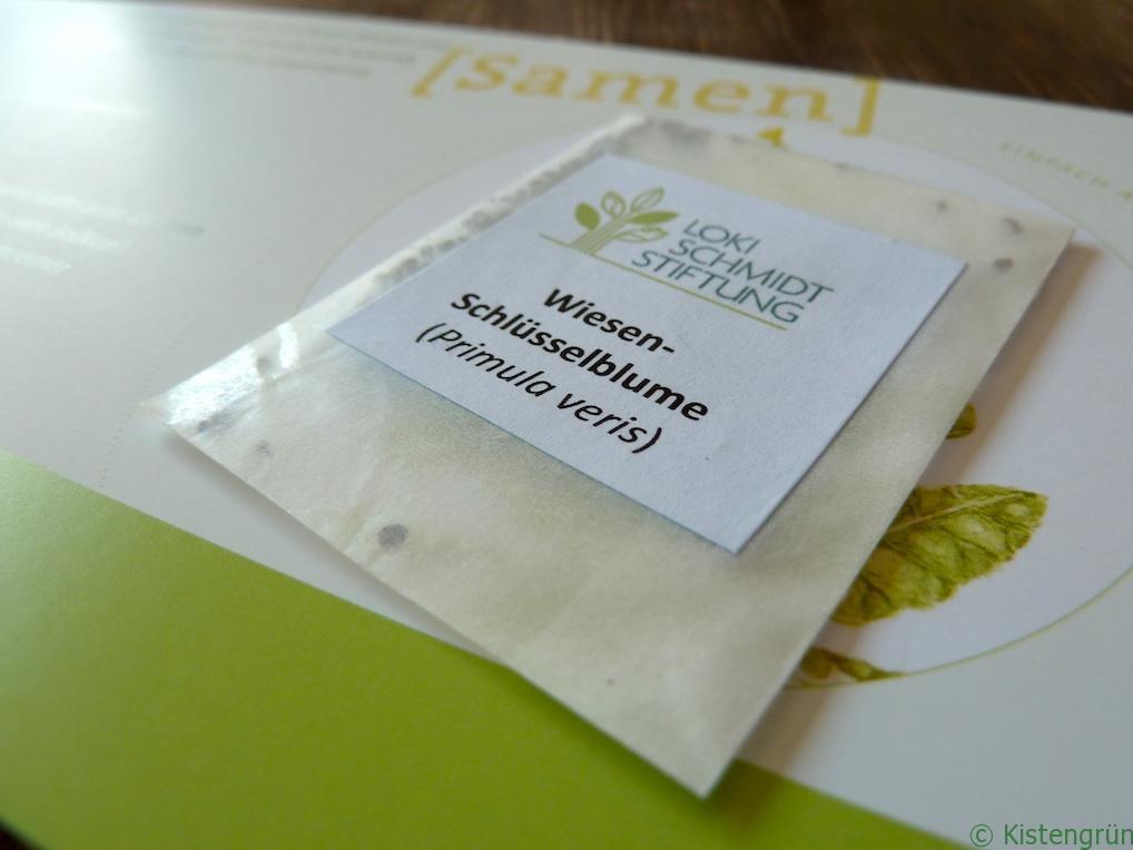 Kalender und Samen der Wiesen-Schlüsselblume, Blume des Jahres der Loki-Schmidt-Stiftung